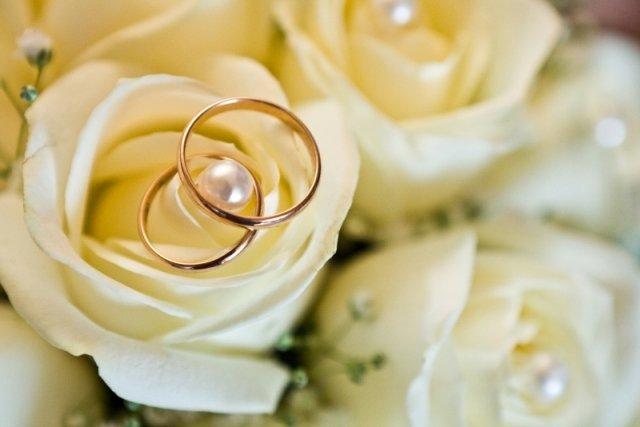 zelta kāzas