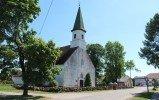 Alojas luterāņu draudze aicina ziedot baznīcas un torņa jumta remontam