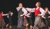 Alojas kultūras nama 7.-9.klašu deju kolektīvam skatē I pakāpes diploms
