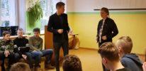 AAV devītklasnieki mācījās uzstāties publiskās runas nodarbībās