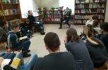 6.klases skolēni pieņem izaicinājumu piedalīties Skaļās lasīšanas sacensībā