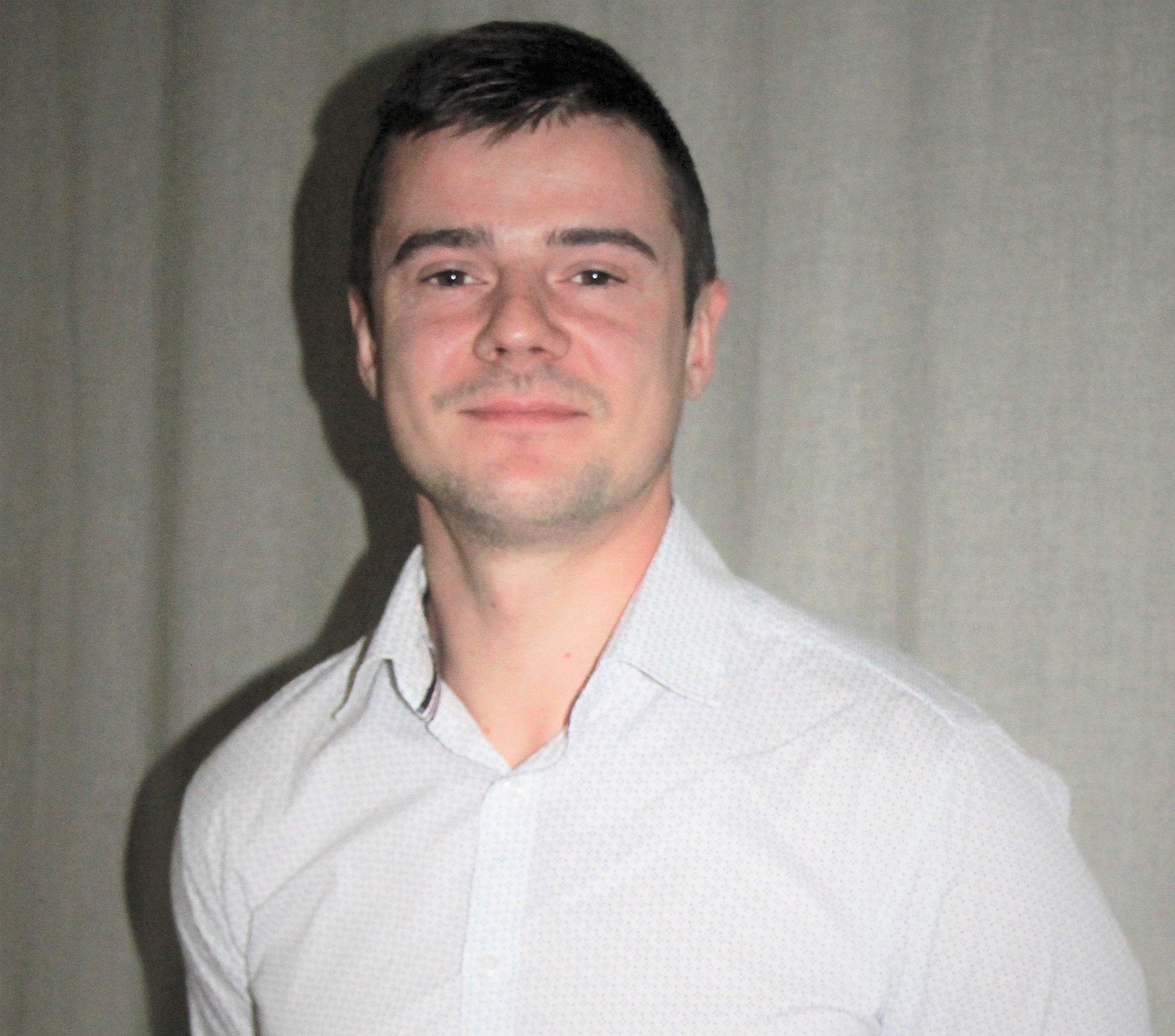 Alojas novada domē darbu uzsāk jauns deputāts Dainis Silājs