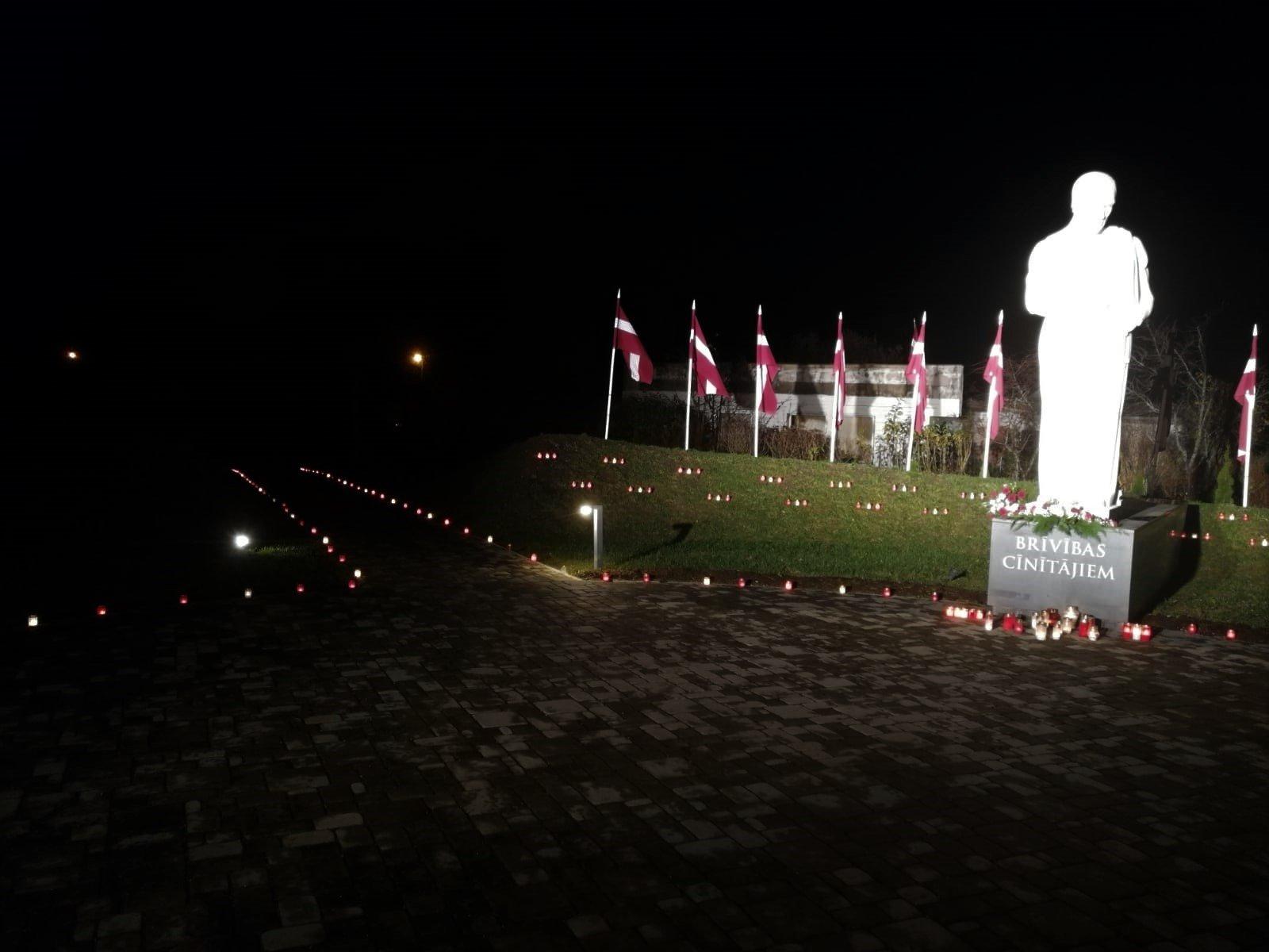 Lāčplēša dienu Alojā atzīmē ar patriotiskām sajūtām un domām