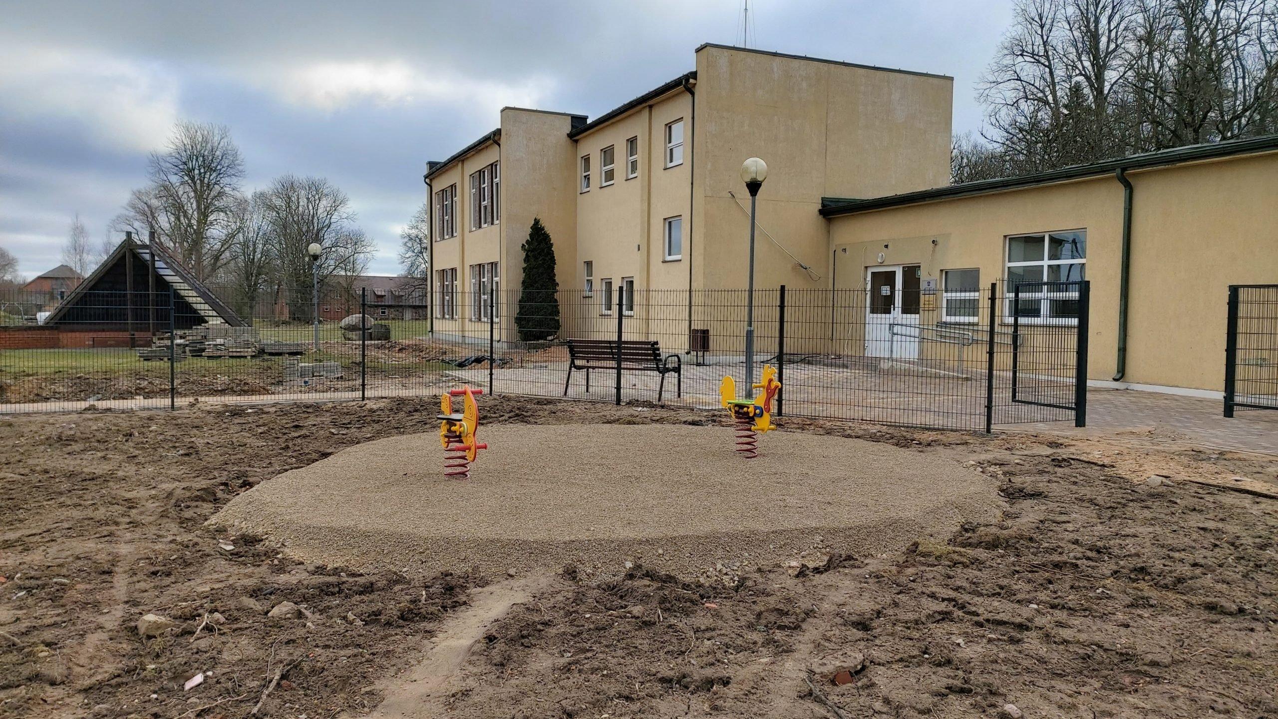 """Noslēgumam tuvojas bērnudārza """"Auseklītis"""" būvniecība Puikulē"""