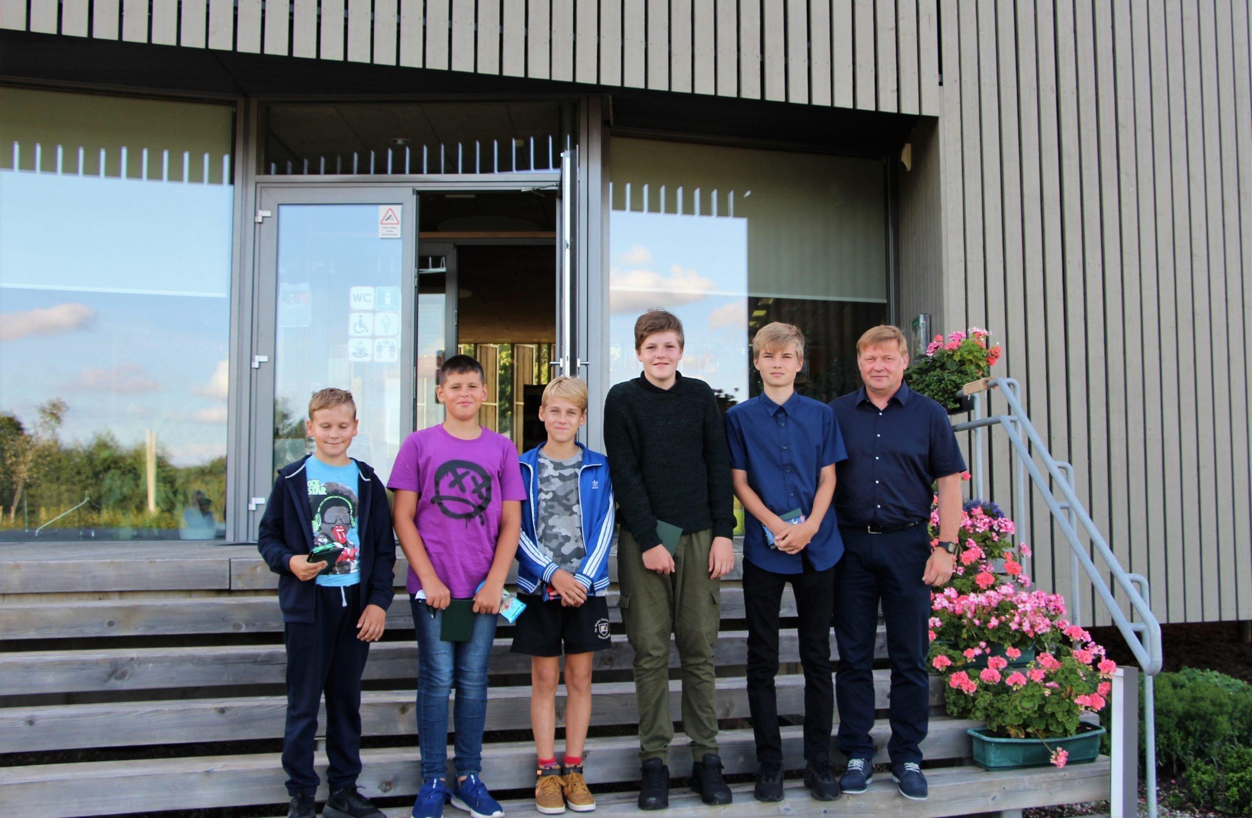 Izlaidums Alojas novada sporta skolā